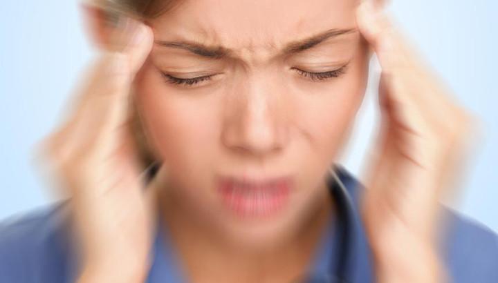 Come far passare il mal di testa in mezz'ora e prevenire ricadute