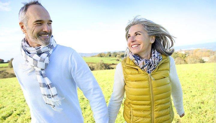 Fitoestrogeni: per un trattamento naturale dei sintomi della menopausa
