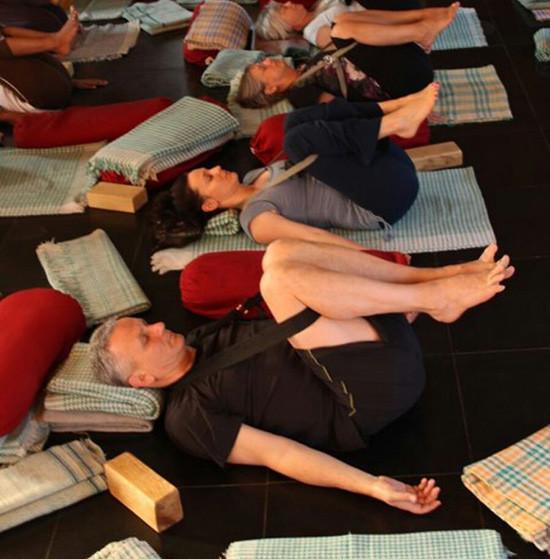 yoga mal di schiena