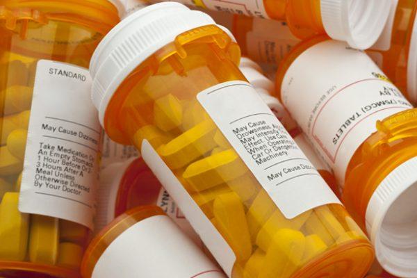 Farmaci anti abbuffate: scopri quali sono, e i loro benefici e possibili effetti collaterali